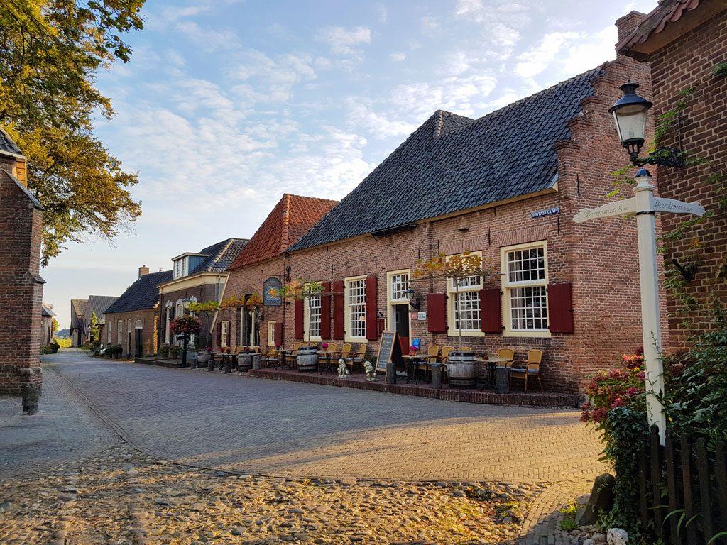 Prachtige authentieke straatjes in Bronkhorst