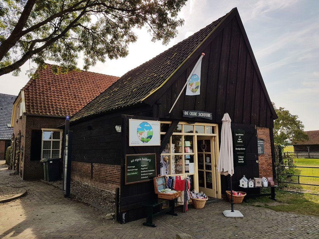 Streekwinkel De Olde Schuure in Bronkhorst